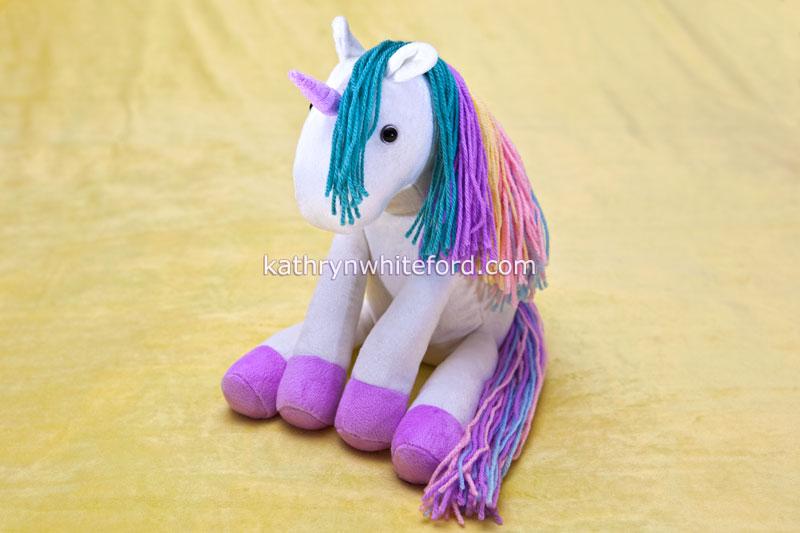 Plushie rainbow unicorn!